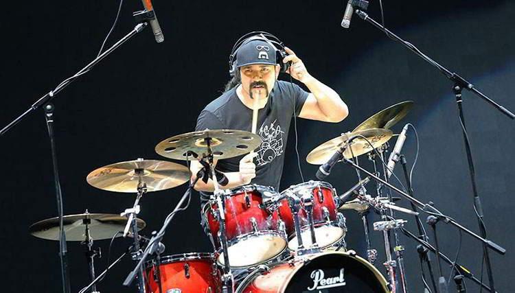 «آشور مرادیان» به عنوان هنرمند کمپانی «Perl Drums» انتخاب شد