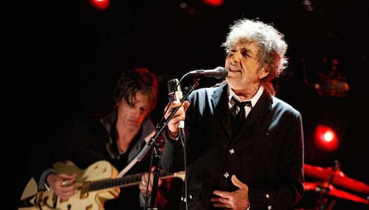 باب دیلن اطلاعات جدیدی از آلبوم Fallen Angels ارائه کرد