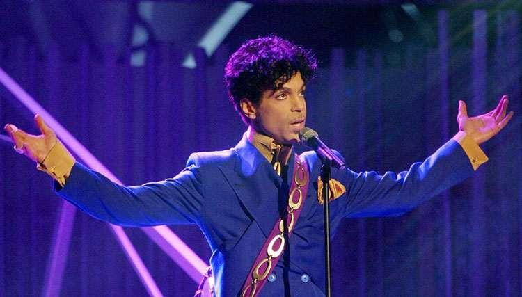 به گفته مقامات، Prince بر اثر مصرف بیش از حد مواد مخدر درگذشته است