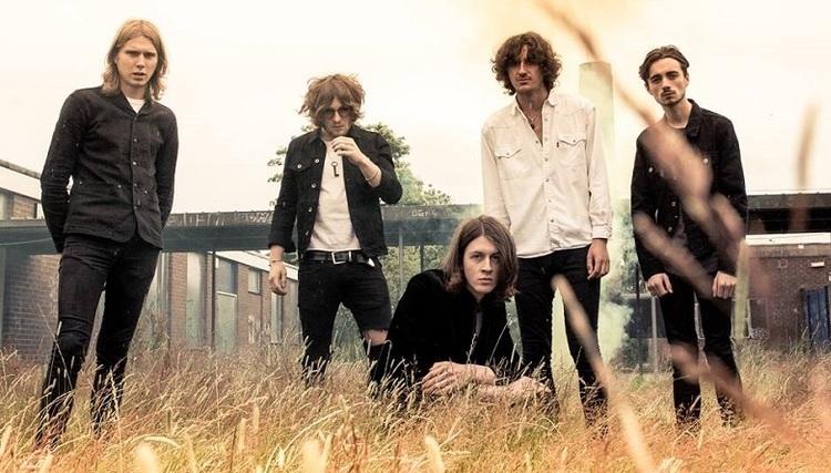 گروه Blossoms اعلام کرد قصد برپایی تور در بریتانیا را دارد