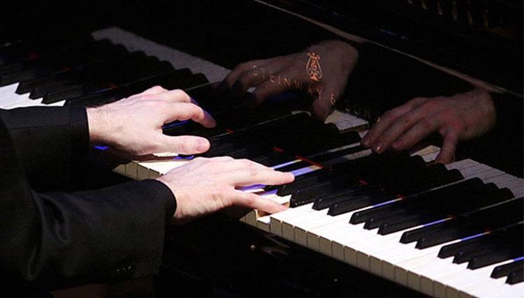 رسیتال آواز و پیانو کلاسیک و فولکلور آذری در تالار رودکی
