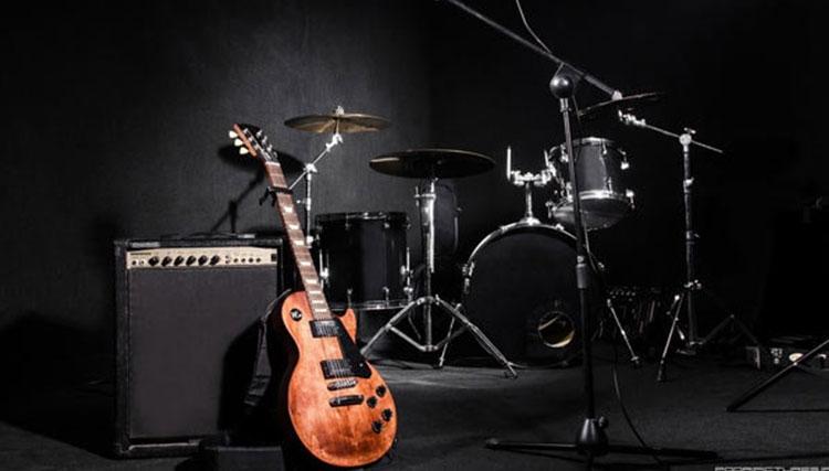 گروه «مانگ» پا به عرصه موسیقی میگذارد/ رونمایی از «لیتیوم»