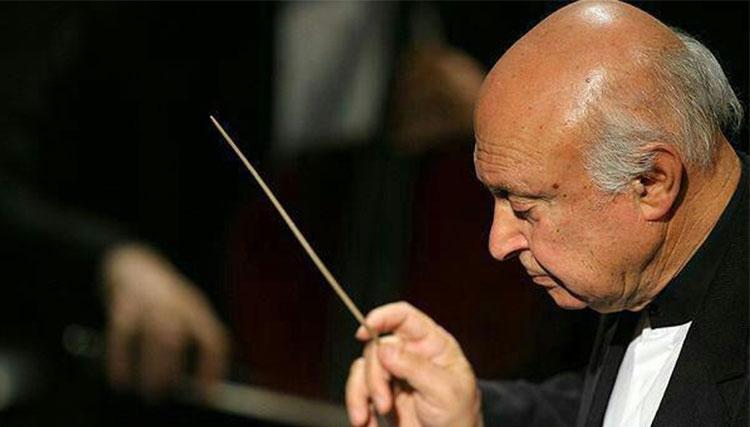 فرهاد فخرالدینی از رهبری ارکستر ملی ایران کنارهگیری کرد