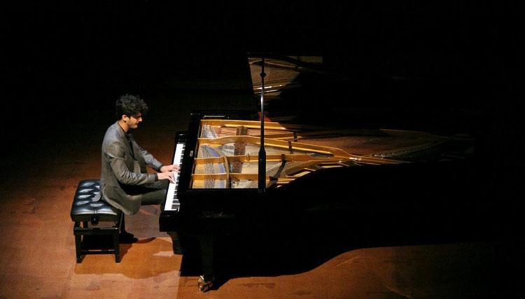 آرمان فهیمی: حسادت در موسیقی ایران بیداد میکند