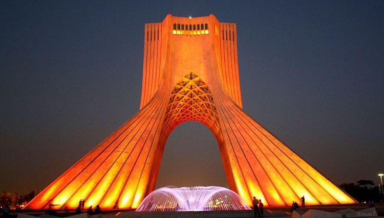 آمادگی برج آزادی برای جشنواره موسیقی فجر