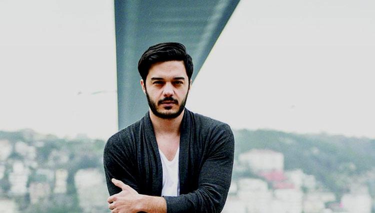 الیاس یالچینتاش: با اجازه دولت ایران برای کنسرت برنامه ریزی میکنیم