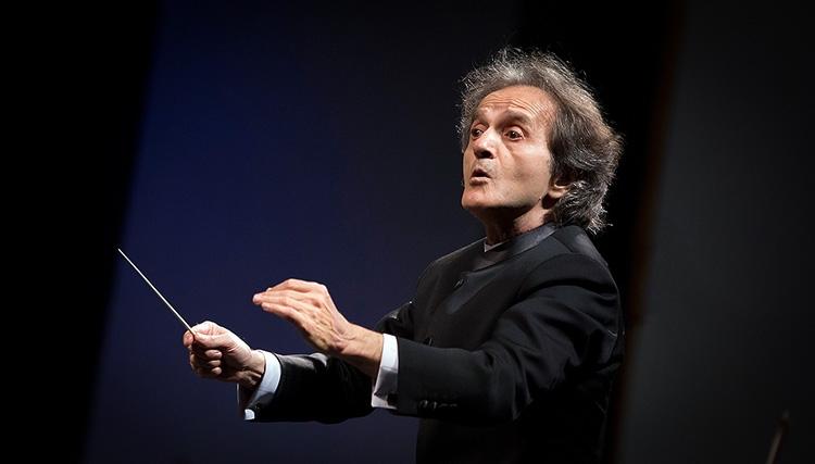 آخرین اجرای ارکستر سمفونیک به اهواز و پلاسکو تقدیم شد