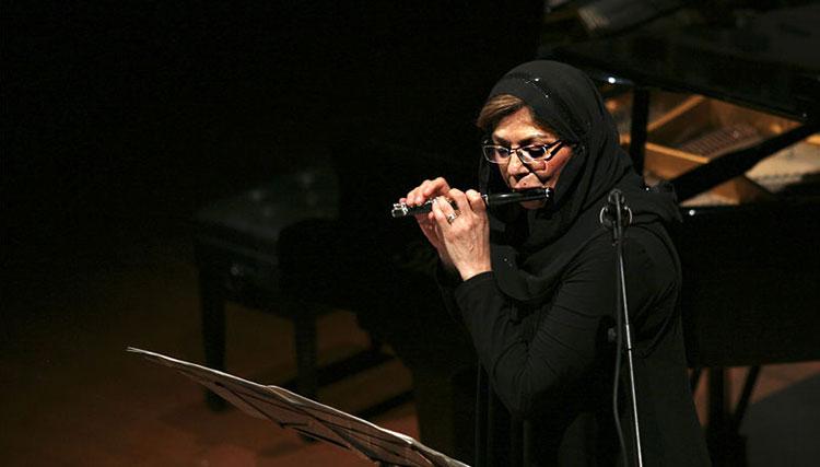 کر فلوت تهران موتزارت و بنجامین بریتن می نوازد