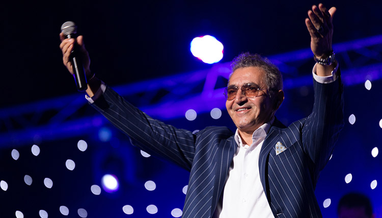 کنسرت فریدون آسرایی در اردبیل برگزار شد