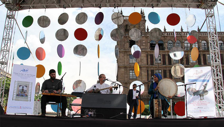 استقبال مکزیکیها از گروه موسیقی ایرانی