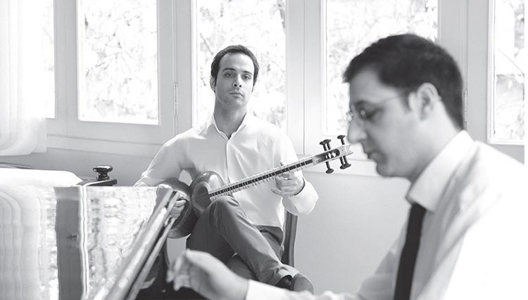 «موسیقی برای تار و پیانو» به حسین علیزاده تقدیم شد