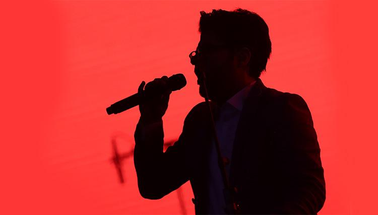 کنسرت حامد همایون با یاد شهید حججی برگزار شد
