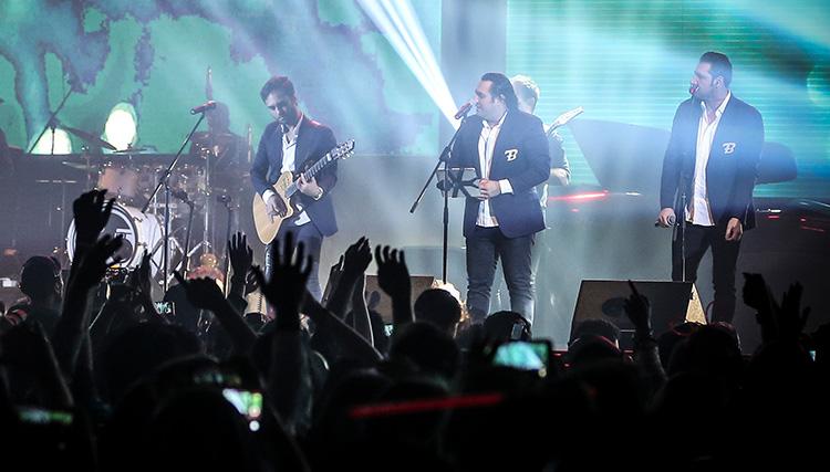 تک آهنگ «دیوونه» از گروه سون منتشر شد