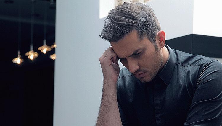 خواننده جوان پاپ در سی سی یو بستری شد!