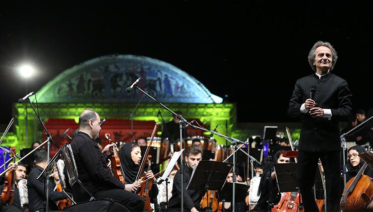 شهرداد روحانی: با تداوم حمایتها جایگاه ارکستر سمفونیک در جهان به مرتبهای والا بدل میشود