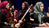 بانوان نوازنده ایرانى در اوکراین به عنوان سولیست روى صحنه مىروند