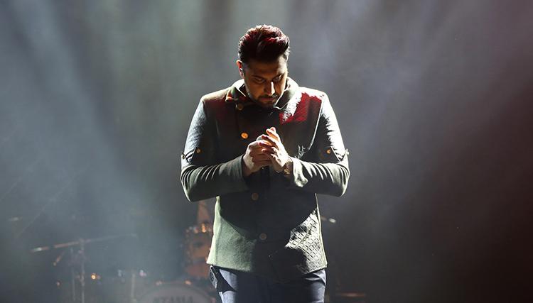 احسان خواجه امیری: تا چند سال دیگر با آقای صدا رقابت میکنم!