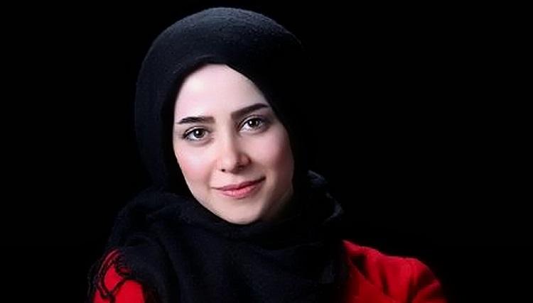 تبلیغ الناز حبیبی برای طراح مدل مانتو هایش! + عکس
