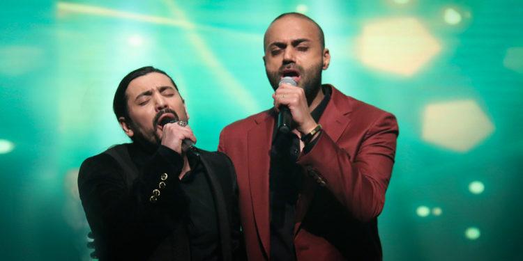 اجرای مشترک ترانه دلم گرفت از حمید حامی و امیرعباس گلاب (کنسرت عاشقانه های پاپ)