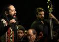 ویدیو کنسرت ترانه زخم از روزبه نعمت اللهی (کنسرت عاشقانه های پاپ )