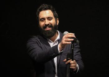 اجرای زنده مهدی یراحی در کنسرت عاشقانه های پاپ (هرجای دنیایی دلم اونجاست)