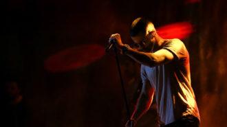 لغو جنجالی کنسرتهای سیروان خسروی به دلیل وضع معیشتی مردم