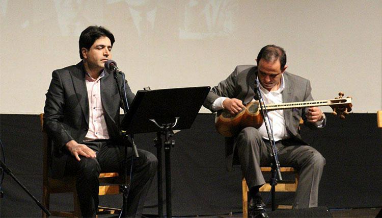 بداههخوانی علیرضا فریدونپور در بیست و سومین «آیین آواز»
