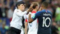 راکرهای فمینیست، اخلالگران فینال جام جهانی