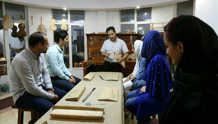 نخستین آموزشگاه سازسازی در ایران افتتاح شد