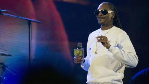 ستاره موسیقی رپ روی صحنه تئاتر میرود