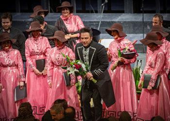 «اپرای ایتالیایی» در تالار وحدت/ بل کانتو به رهبری نیما پناهی ها روی صحنه رفت