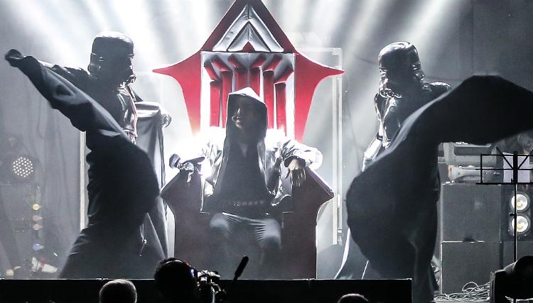 کنسرت ستارههای فرزاد فرزین در تهران برگزار شد