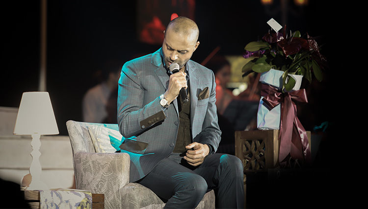 تازهترین کنسرت حامی در تهران برگزار شد/ همخوانی با نیما مسیحا در «دستهای آلوده»