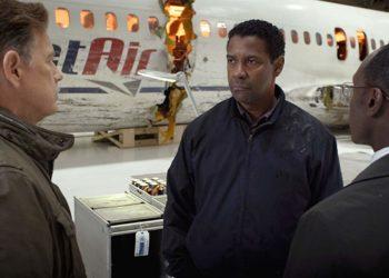 دانلود رایگان فیلمزبان اصلی Flight 2012 به همراه زیرنویس فارسی تذکر:این فیلم دارای صحنه های حادثه ای است و تماشای این فیلم به افراد زیر ۱۳ سال توصیه نمی شود. نامفیلم: پرواز (Flight 2012) کیفیت:HD 1080p , HD 720p امتیاز:IMDb 7.3/10 ژانر:درام - هیجان انگیز محصول: آمریکا کارگردان:رابرت زمکیسRobert Zemeckis ستارگان: دنزل واشینگتن ، نیدین ولاسک ، کلی رایلی ، جان گودمن سال تولید: 2012 میلادی زبان: فارسی (دوبله فارسی) مدت زمان: 126 دقیقه خلاصه داستان فیلمفیلم پرواز 2012 : داستان فیلم Flight 2012 دربارهWhip Whitaker یک خلبان هواپیمایی مسافربری است کههنگام پرواز با نقص فنی مواجه میشود، اما به لطف مهارت خلبان، تقریباً همه مسافران از این حادثه مرگبار جان سالم به در میبرند. با این حال، تحقیقات بعدی، موضوعی ناخوشایند را در مورد این حادثه آشکار میسازد و هنگامی که او در بیمارستان بیدار می شود، دوستش از اتحادیه هواپیمایی او را به یک وکیل معرفی می کند که به او می گوید شانس او ممکن است با اتهامات جنایی مواجه شود؛ زیرا آزمایش خون او نشان می دهد که او با الکل و کوکائین آشامیدنی است .... مختصری درباره فیلم و بازیگران: فیلم پرواز (Flight 2012)یک فیلم نمایشی آمریکایی در سال 2012 است که توسط رابرت زمکیسRobert Zemeckis ساخته شده و توسط جان گاتین John Gatins نوشته شده است.و هنرپیشگانی همچون Denzel Washington,Nadine Velazquez,Don Cheadle در این فیلم بازی کرده اند . این فیلم که ژانر درام و هیجان انگیز دارد،این فیلم از سقوط هواپیما از هواپیمایی آلاسکا پرواز 261 الهام گرفته شده است.فیلم پرواز (Flight 2012) با بودجه ۳۱ میلیون دلاری ساخته شده و به فروش ۱۶۱.۸ میلیون دلاری رسیدهاست. جوایز و افتخارات : فیلم Flight 2012 در جشنوارههای مختلف، نامزد دریافت جوایز متعددی شده که از آن جمله میتوان به نامزدی دریافت دو جایزه در هشتاد و پنجمین دوره مراسم اسکار و نامزدی دریافت یک جایزه در هفتادمین دوره مراسم گلدن گلوب اشاره کرد . نامزد جایزهAcademy Award برای بهترین بازیگر بهترین فیمنامه اصلی . نامزد جایزه AACTA Awards بهترین بازیگر بین المللی .برنده جایزهBlack Reel Award توسطDenzel Washington به عنوان بهترین بازیگر مرددر هفتادمین دوره مراسم گلدن گلوب . عکس های فیلم Flight 2012 : لینک دانلود رایگان فیلم پرواز 20