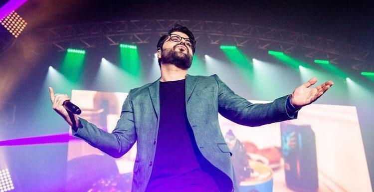 کنسرت ۱۴۰۰۰ نفری حامد همایون در لس آنجلس