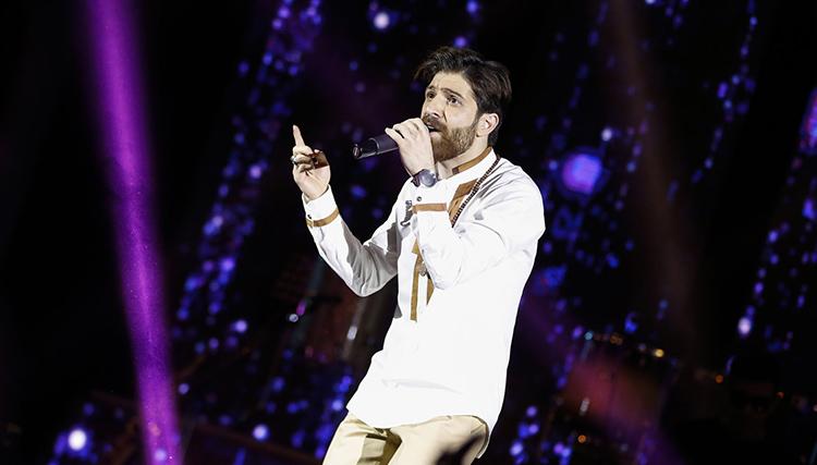 حمید هیراد با سماع به دیدار هوادارانش آمد/ فضایی نو در کنسرتهای هیراد