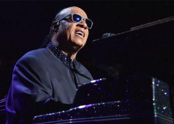 جدایی موقت استیو واندر از موسیقی بدلیل بیماری کلیه