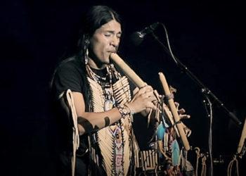 گزارش ویدیویی از کنسرت لئو روخاس ( پسر خورشید )